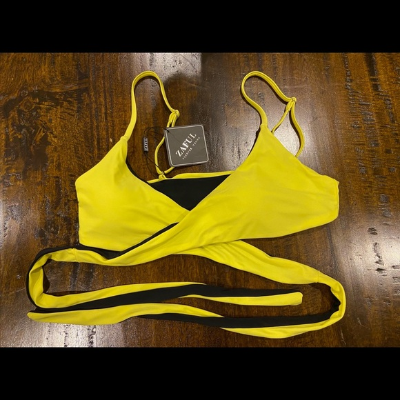 Zaful Yellow and Black Reversible Bathing Suit Top